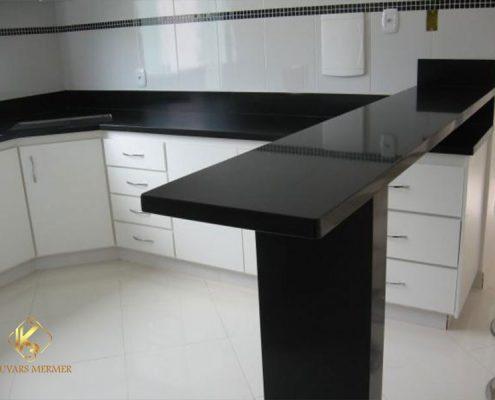 siyah granit mutfak tezgahı çengelköy